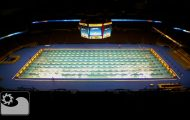 Δείτε πόσο γρήγορα τοποθετείται μια πισίνα Ολυμπιακών διαστάσεων σε ένα γήπεδο μπάσκετ