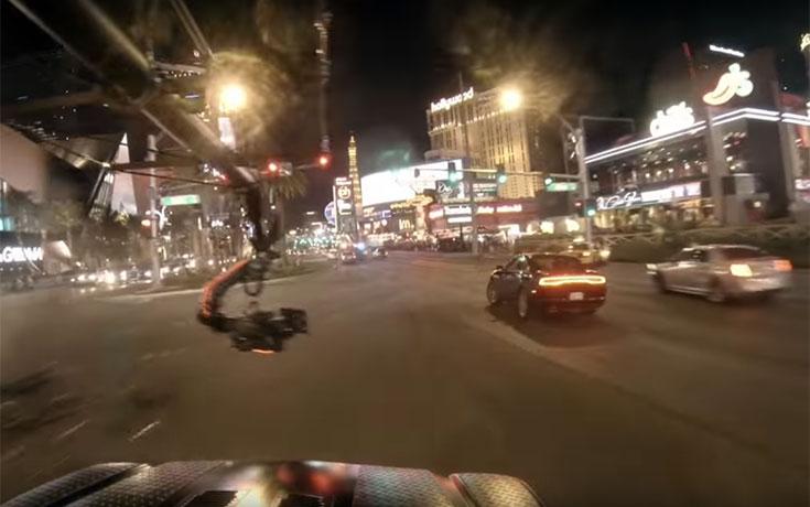 Σκηνή καταδίωξης με αυτοκίνητο