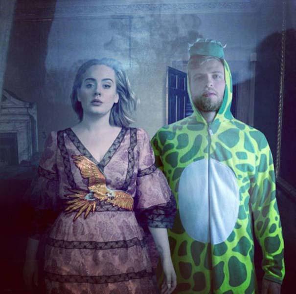 Σπεσιαλίστας του Photoshop εισβάλλει σε φωτογραφίες φορώντας πυτζάμα δεινοσαύρου (10)