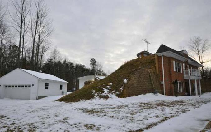 Αυτό το σπίτι κατασκευάστηκε κυριολεκτικά μέσα στη γη (4)