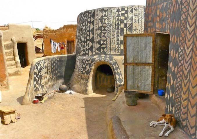 Tiebele: Το αφρικανικό χωριό με την μοναδική διακόσμηση στους τοίχους των σπιτιών (10)