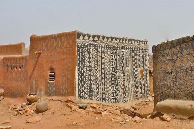 Tiebele: Το αφρικανικό χωριό με την μοναδική διακόσμηση στους τοίχους των σπιτιών (14)