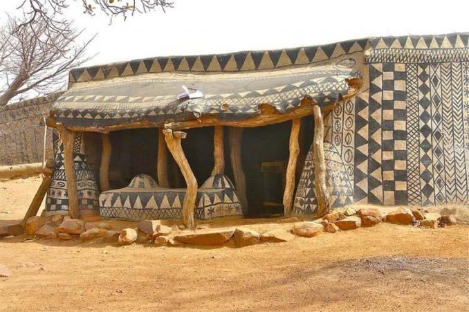 Tiebele: Το αφρικανικό χωριό με την μοναδική διακόσμηση στους τοίχους των σπιτιών (17)