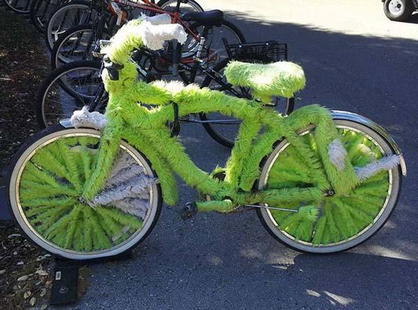 Τρελά κι αστεία σκηνικά με ποδήλατο (8)