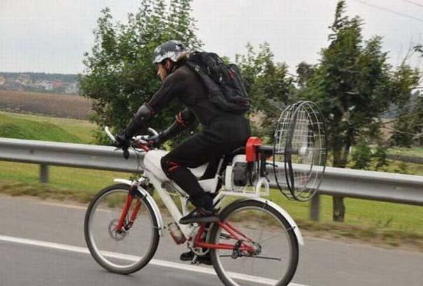 Τρελά κι αστεία σκηνικά με ποδήλατο (9)