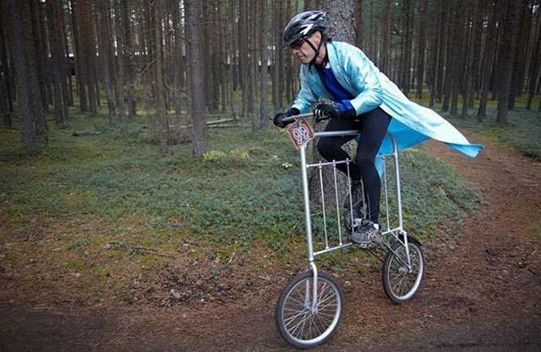 Τρελά κι αστεία σκηνικά με ποδήλατο #2 (13)