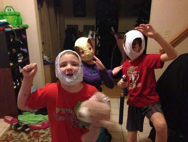17 τρελές φωτογραφίες μικρών παιδιών που κάνουν τα δικά τους (6)