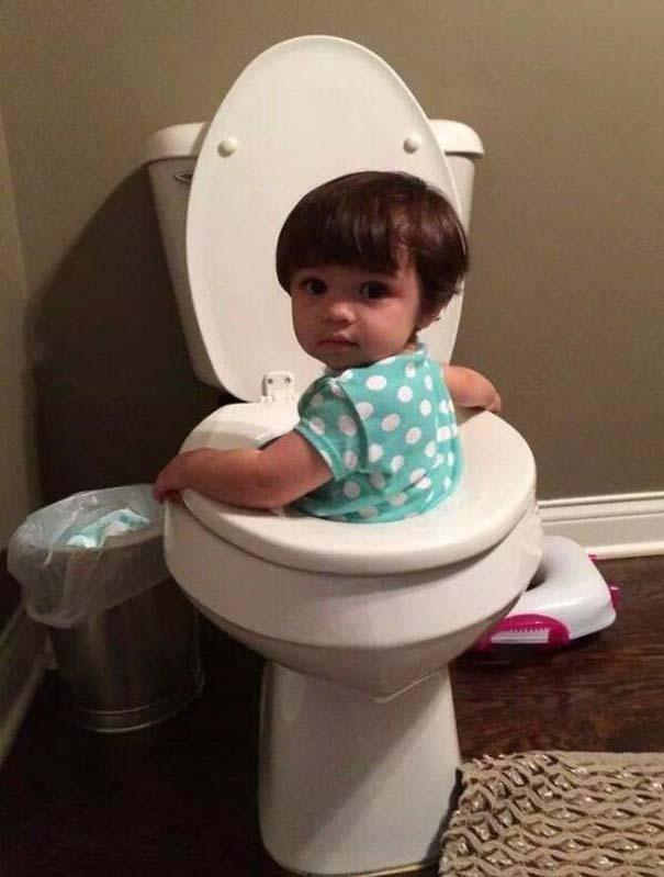 17 τρελές φωτογραφίες μικρών παιδιών που κάνουν τα δικά τους (9)