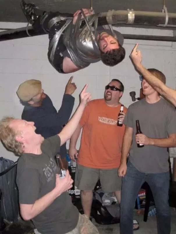 Άνθρωποι που μετάνιωσαν πικρά την λιποθυμία τους σε ένα πάρτι (7)