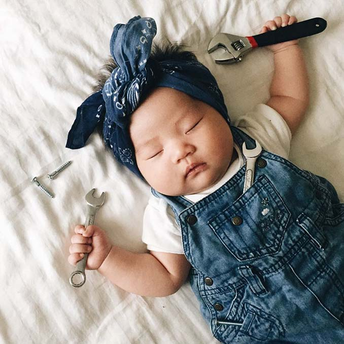 Οι απίθανες μεταμφιέσεις ενός μωρού την ώρα που κοιμάται (2)