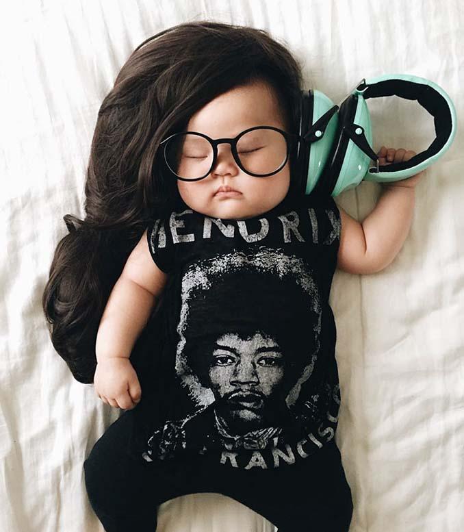 Οι απίθανες μεταμφιέσεις ενός μωρού την ώρα που κοιμάται (14)