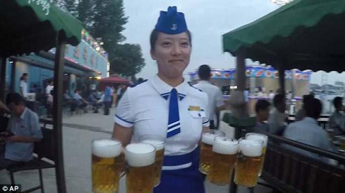 Φεστιβάλ μπύρας στη Βόρεια Κορέα (3)