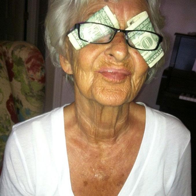Η γιαγιά που έχει τρελάνει το Internet ξαναχτυπά (29)