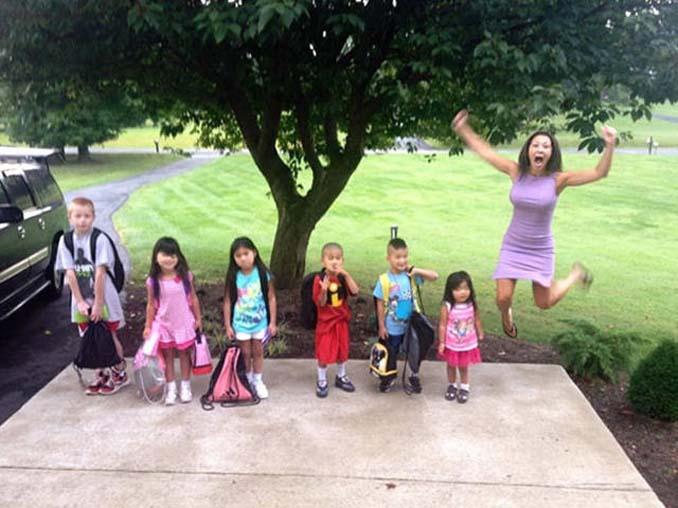 Ξεκαρδιστικές αντιδράσεις γονιών για την πρώτη μέρα των παιδιών τους στο σχολείο (10)