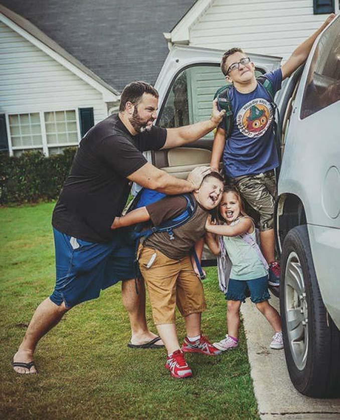 Ξεκαρδιστικές αντιδράσεις γονιών για την πρώτη μέρα των παιδιών τους στο σχολείο (15)