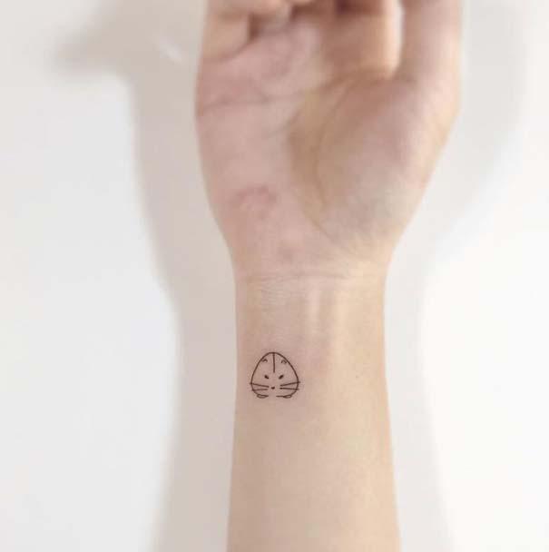 Μικροσκοπικά τατουάζ που θα μπορούσαν να περάσουν απαρατήρητα (4)