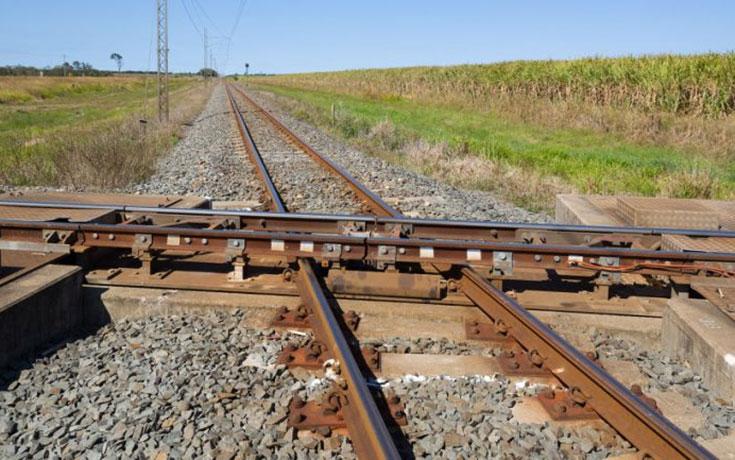 Παράξενη σιδηροδρομική διασταύρωση στην Αυστραλία (1)