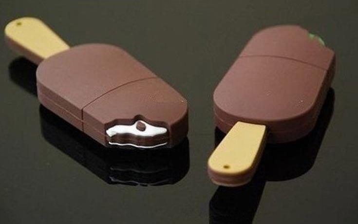 Παράξενα USB Sticks #15