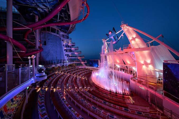 Περιήγηση στο μεγαλύτερο κρουαζιερόπλοιο του κόσμου (17)
