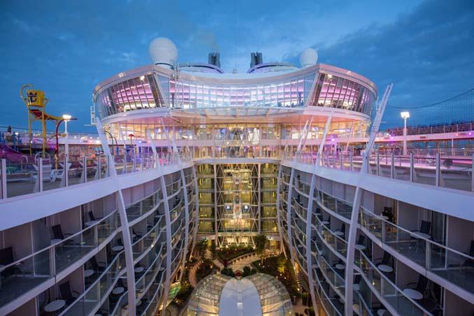 Περιήγηση στο μεγαλύτερο κρουαζιερόπλοιο του κόσμου (21)