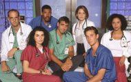 Πρωταγωνιστές της σειράς «Στην Εντατική» τότε και τώρα (1)