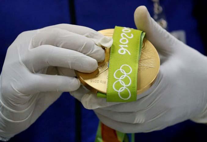 Πως φτιάχτηκαν τα μετάλλια των Ολυμπιακών Αγώνων του Ρίο 2016 (17)