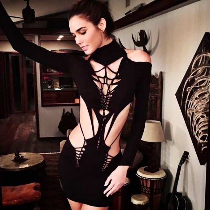 Σχεδιαστής μόδας δημιουργεί εκπληκτικά ρούχα χρησιμοποιώντας ένα ψαλίδι (11)