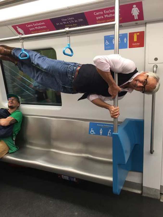 Δείτε τι έκανε αυτός ο παππούς όταν του πρόσφεραν κάθισμα στο μετρό (4)