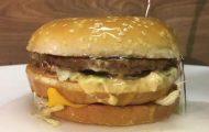 Τι θα συμβεί αν ρίξεις θειικό οξύ σε ένα Big Mac;