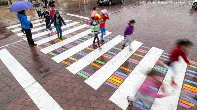 Διαβάσεις πεζών στη Μαδρίτη μετατράπηκαν σε χρωματιστά έργα τέχνης (6)