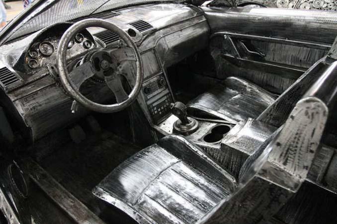 Καλλιτέχνες δημιούργησαν εντυπωσιακά γλυπτά αυτοκινήτων με παλιοσίδερα (9)