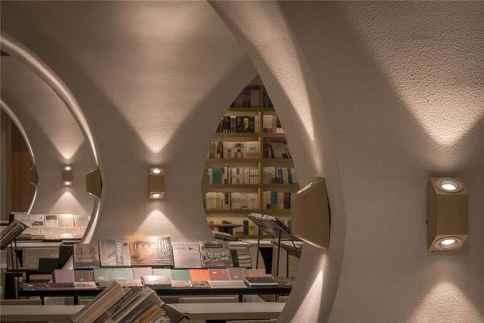 Φουτουριστική βιβλιοθήκη στην Κίνα (5)