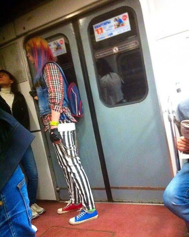 Ξεχωριστές εμφανίσεις στο Μετρό της Αγίας Πετρούπολης (5)