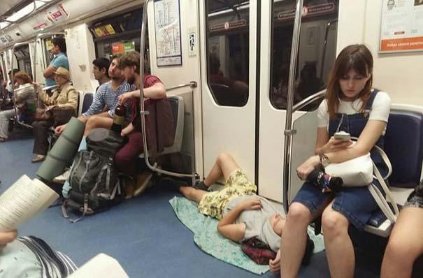 Ξεχωριστές εμφανίσεις στο Μετρό της Αγίας Πετρούπολης (8)