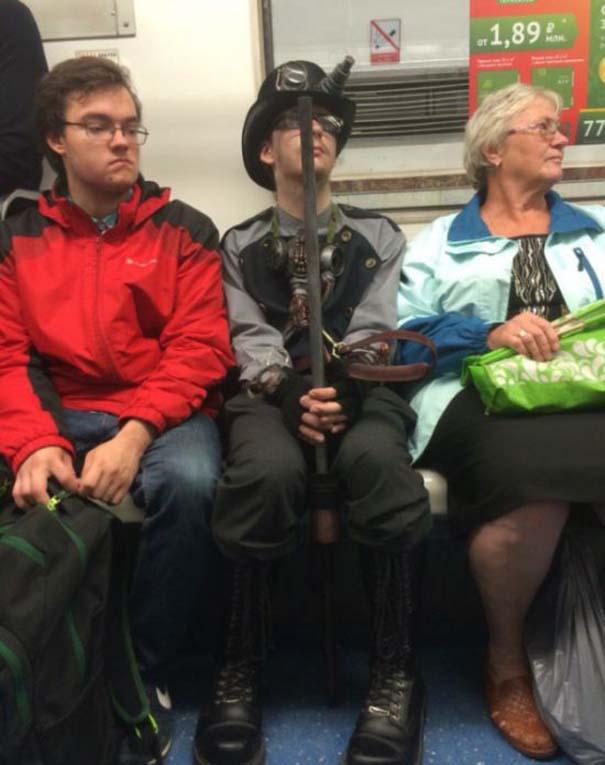 Ξεχωριστές εμφανίσεις στο Μετρό της Αγίας Πετρούπολης (10)