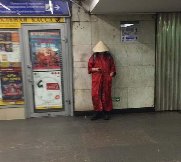 Ξεχωριστές εμφανίσεις στο Μετρό της Αγίας Πετρούπολης (13)