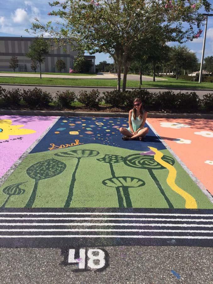 Μαθητές λυκείου στις ΗΠΑ βάφουν τις θέσεις πάρκινγκ τους (18)