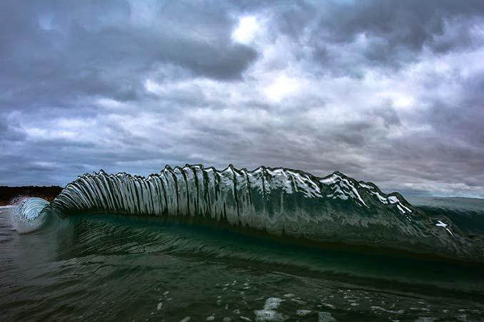 Πέρασε 6 χρόνια φωτογραφίζοντας τα κύματα και αυτό είναι το αποτέλεσμα (4)