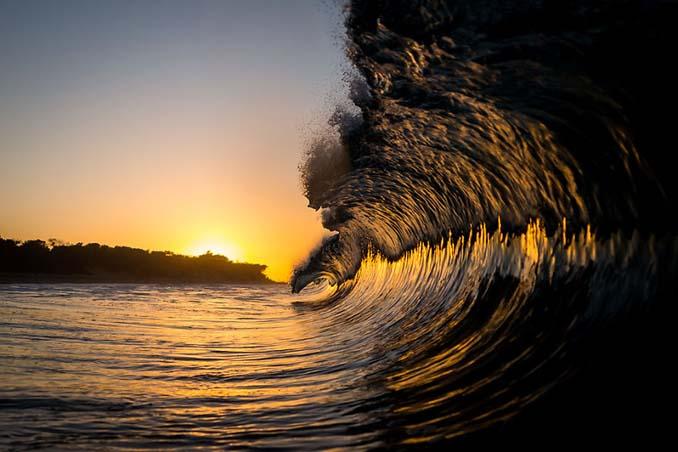 Πέρασε 6 χρόνια φωτογραφίζοντας τα κύματα και αυτό είναι το αποτέλεσμα (11)