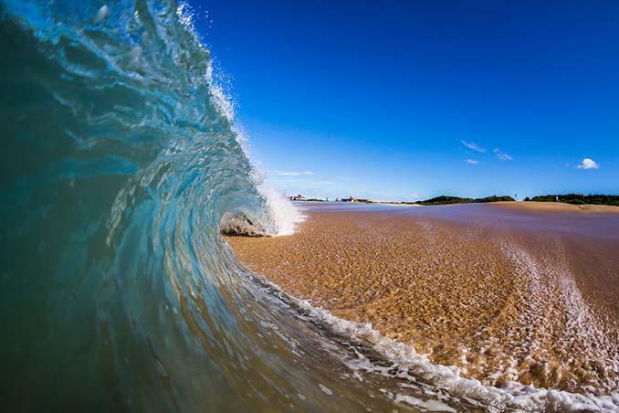 Πέρασε 6 χρόνια φωτογραφίζοντας τα κύματα και αυτό είναι το αποτέλεσμα (13)
