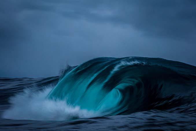 Πέρασε 6 χρόνια φωτογραφίζοντας τα κύματα και αυτό είναι το αποτέλεσμα (16)
