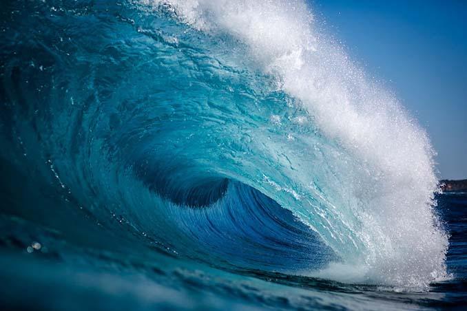 Πέρασε 6 χρόνια φωτογραφίζοντας τα κύματα και αυτό είναι το αποτέλεσμα (26)