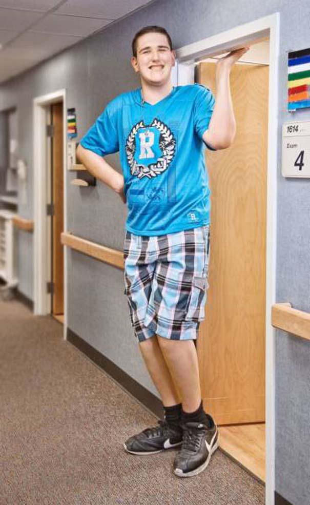Ο ψηλότερος έφηβος του κόσμου (4)