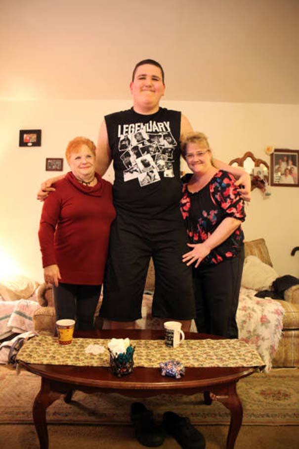 Ο ψηλότερος έφηβος του κόσμου (9)