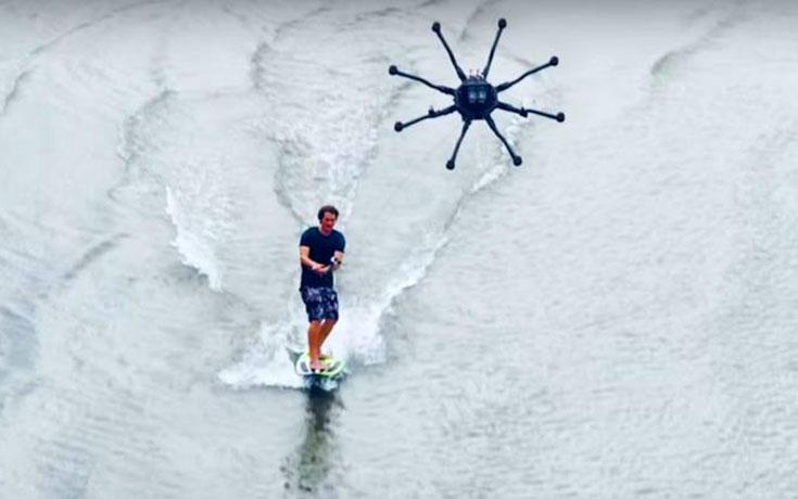 Surfing με drone