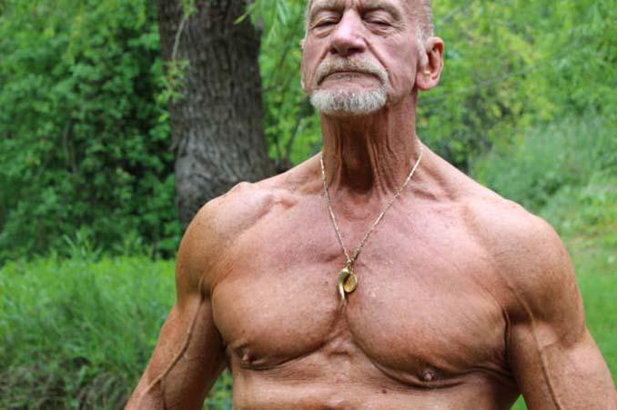 Το σώμα ενός bodybuilder σε ηλικία 40 ετών και 80 ετών (7)