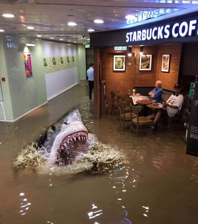 Άνδρας που διαβάζει ατάραχος εφημερίδα εν μέσω πλημμύρας, γίνεται αφορμή για ξεκαρδιστικό Photoshop Battle (4)
