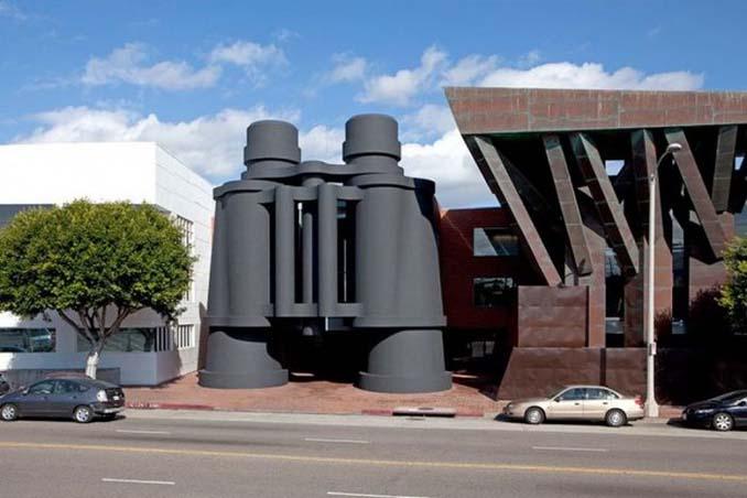 Ασυνήθιστα κτίρια που καταφέρνουν να τραβήξουν όλα τα βλέμματα (4)