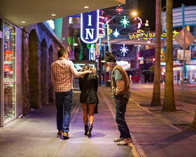 Φωτογράφος καταγράφει την θλιβερή πλευρά του Λας Βέγκας (10)
