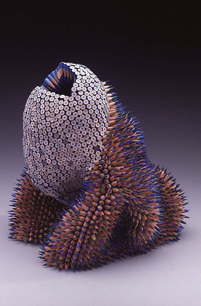 Η Jennifer Maestre μετατρέπει απλά μολύβια σε απόκοσμα γλυπτά (3)